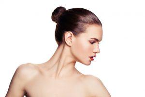 Halsstraffung in der Schönheitschirurgie Dr. Erhan Demir